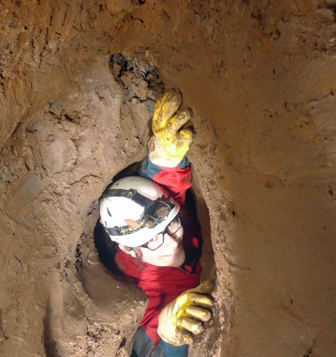 150530Hardthöhle-Tiefe832b