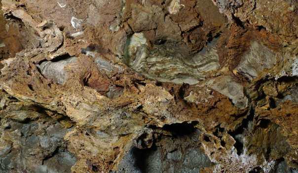 150613Hardthöhle-Tiefe898b