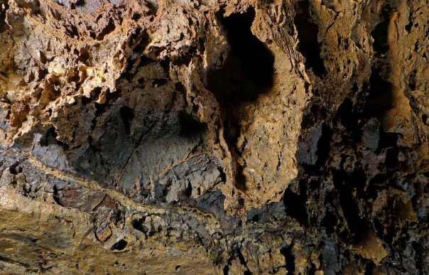 150613Hardthöhle-Tiefe909b